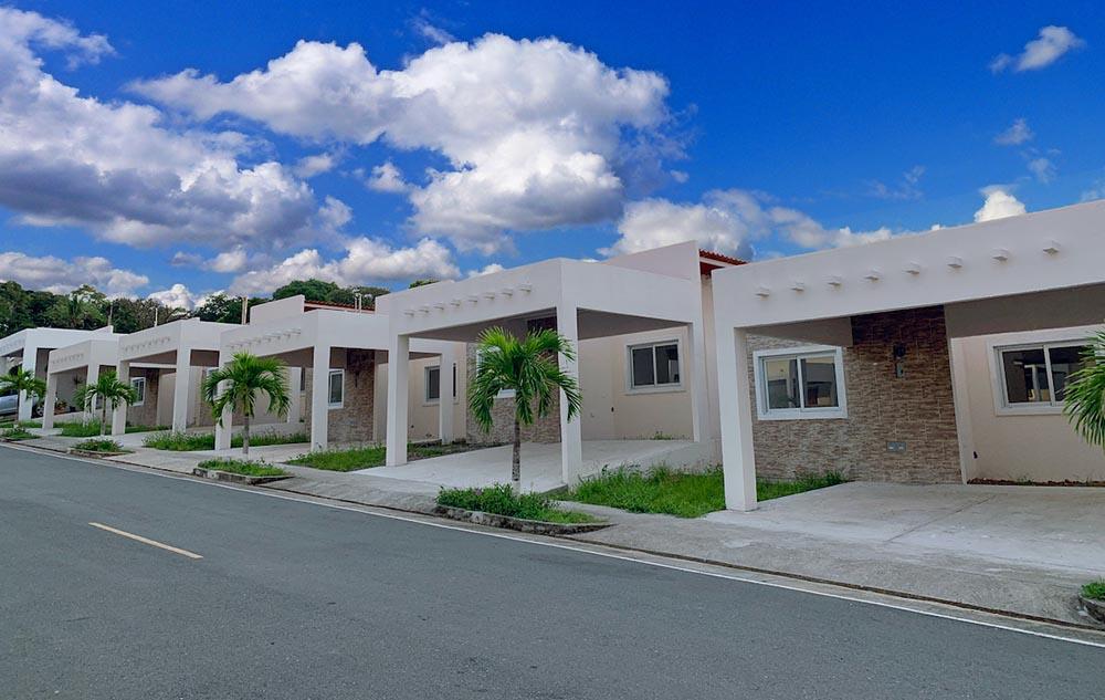 Casas brisas del golf arraijan Panamá